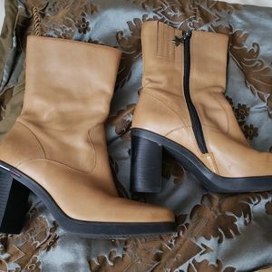 Tommy Hilfiger boots 7M